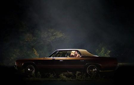 it-follows-car