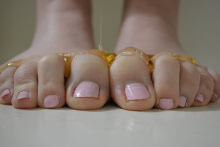 toes_and_honey_by_greyeyez80-d6w10iu