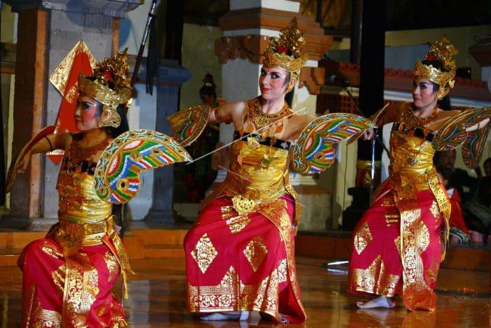 Tari kupu-kupu Bali