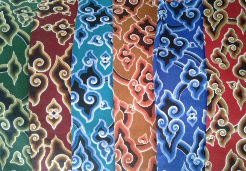Gambar batik mega mendung