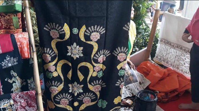 Gambar motif batik Betawi
