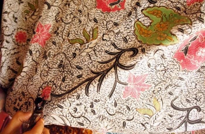 Gambar ciri khas tersendiri batik Banten