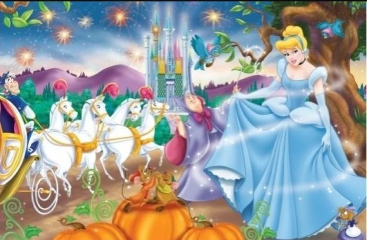 Ilustrasi kereta kencana Cinderella