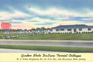 Garden State DeLuxe Tourist Cottages, Hwy.25, Rt. 130, Riverton, NJ