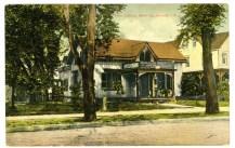 Riverton Free Library