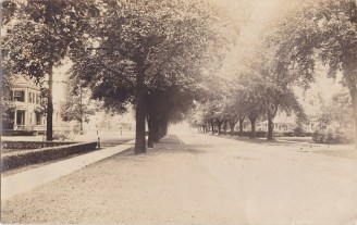Riverton Street