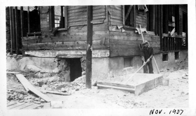 016_1937 Nov. - mixing cement