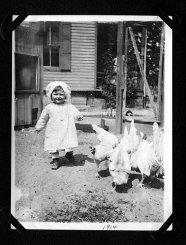 1914 Albert with the chickens on Cinnaminson St.