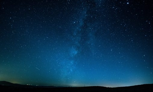 photography-of-night-sky-733475