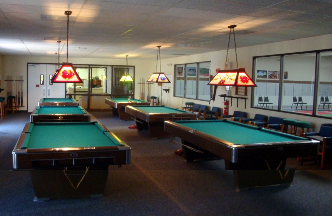 WEB-BILLIARD-ROOM-2