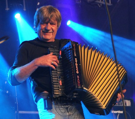 Jo van Strien met accordeon