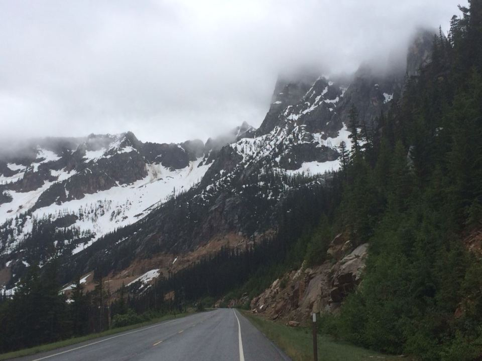 Heading up to Washington Pass - AM on Day 4.   photo: D. Banks
