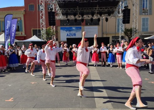 5-pj-dance2