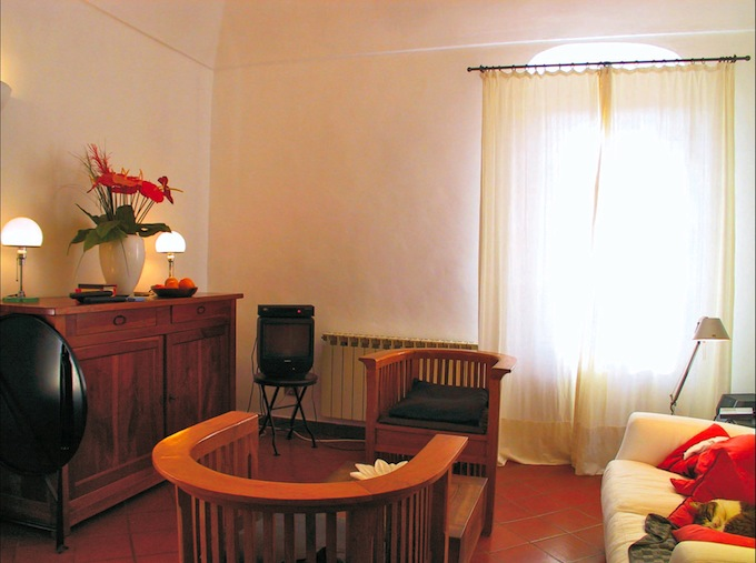 The salon in the Isolalunga villa