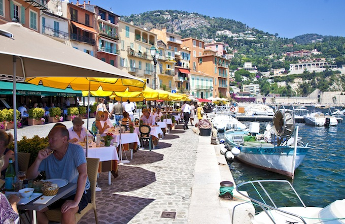 Quayside dining at Trastevere in Villefranche sur Mer