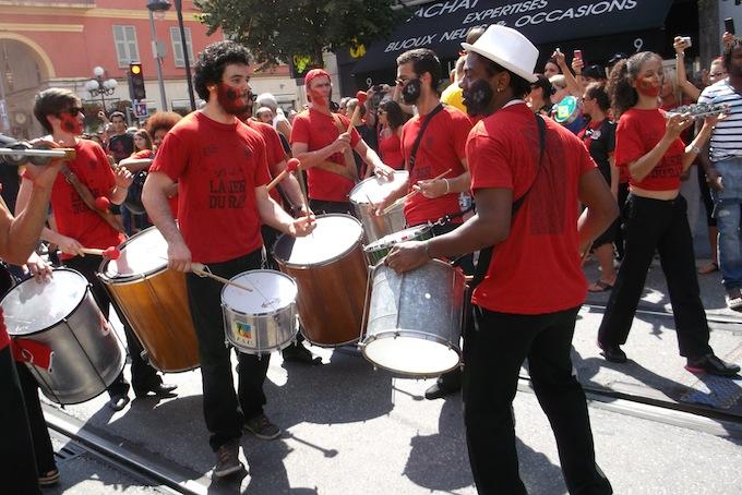 La Dernière Montée au Ray with some drumming