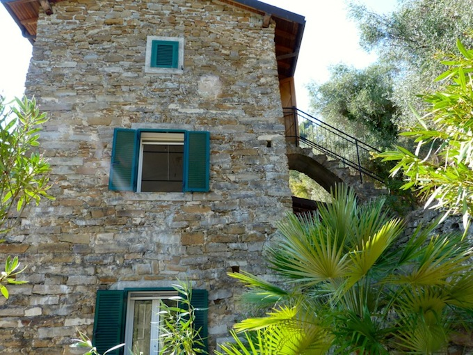 Country living near Dolceacqua in Italy