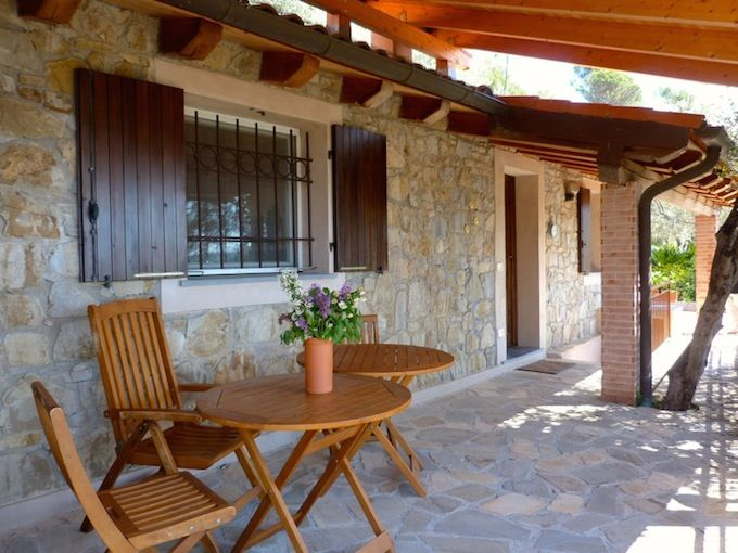The terrace area of the house in Dolceacqua