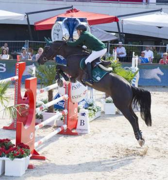 Show Jumping_43