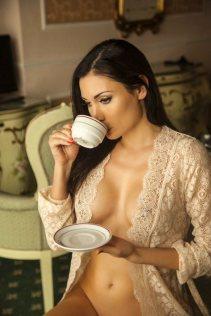 Anna Grigorenko having a cuppa