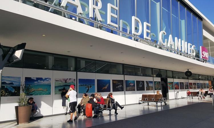 Expo Doubilet Gare de Cannes