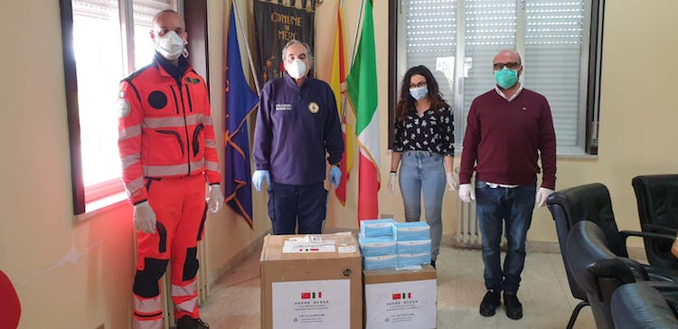 Donation of masks Merì