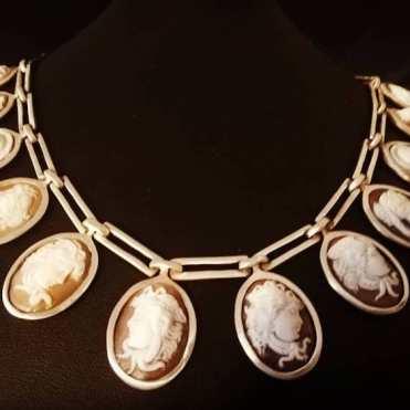 Jewely necklace Nada Skaff
