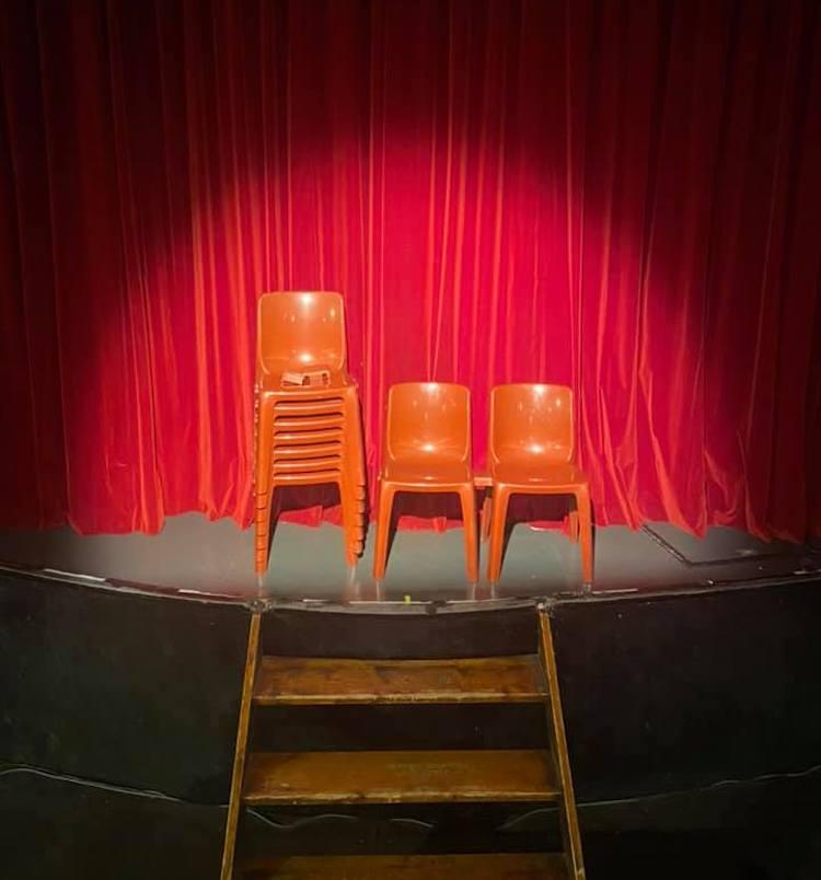 Some orange chairs from Théâtre de la Cité