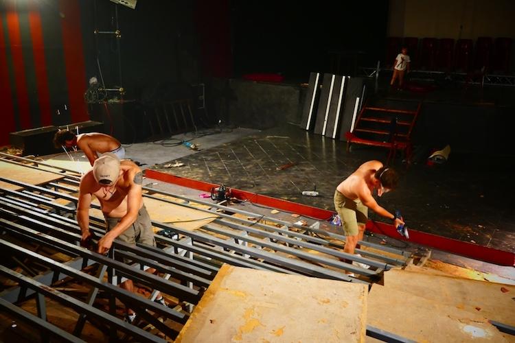 Work at Théâtre de la Cité