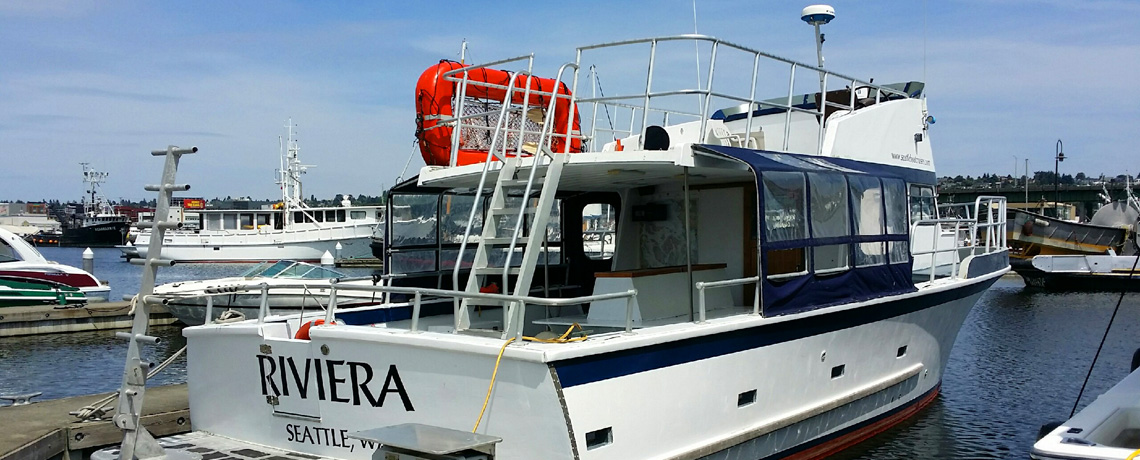 Seattle Riviera Boat Cruises 6 – boat from the back