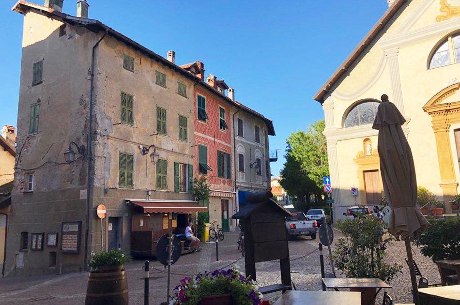Sassello_piazza