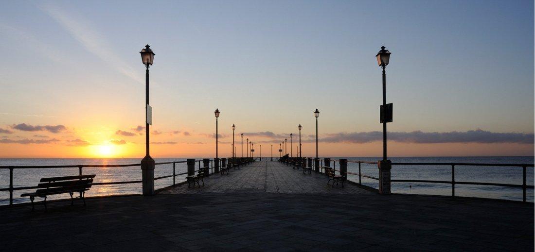 Alassio molo al tramonto