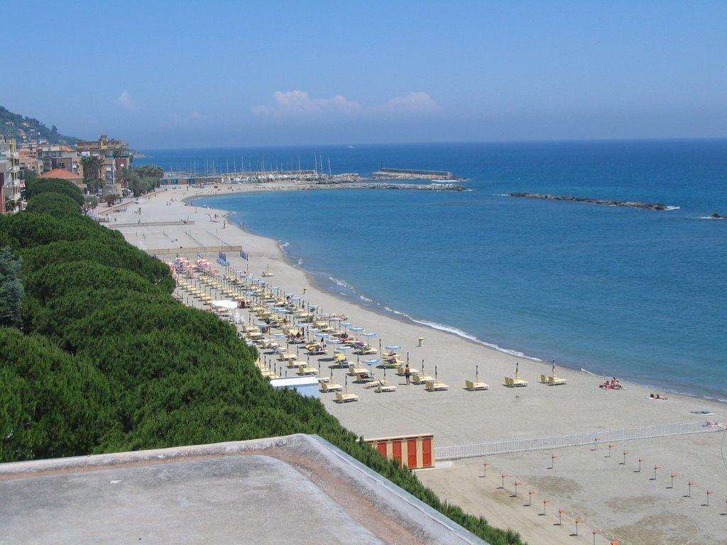 San Bartolomeo al Mare stabilimento balneare e spiaggia libera