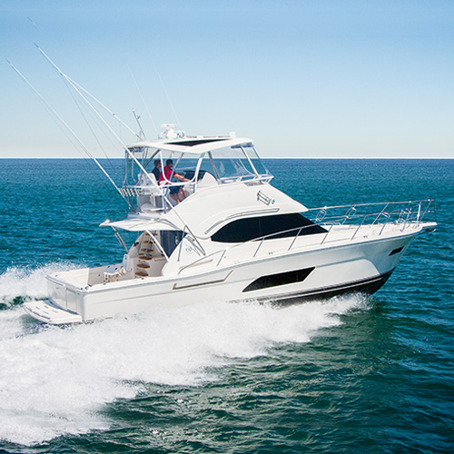 Riviera to showcase two gleaming motor yachts at the Pacific Sail and Power Boat Show