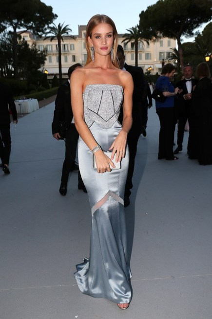 Rosie Huntington-Whiteley en robe Galvan X Opening Ceremony