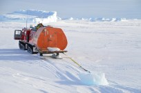Towing ice