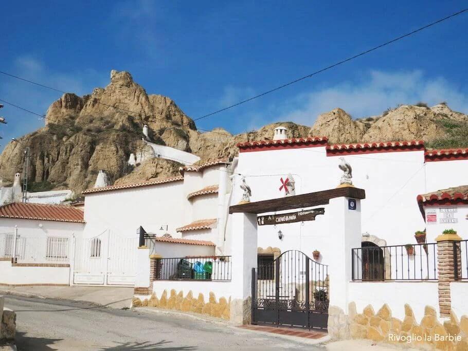 cuevas guadix andalusia bianche