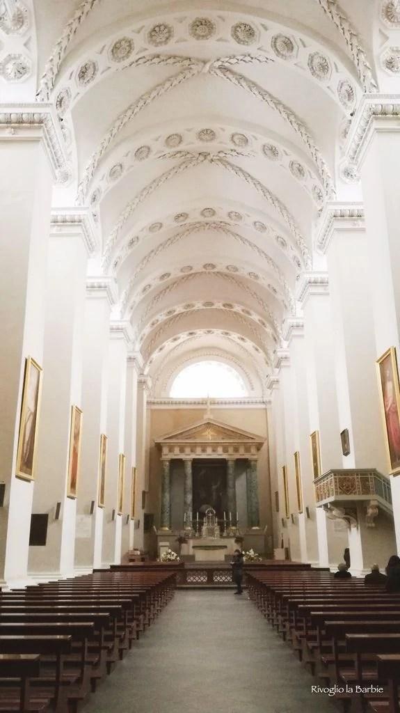 interno cattedrale vilnius