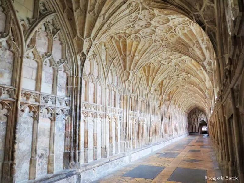 chiostro cattedrale di Gloucester