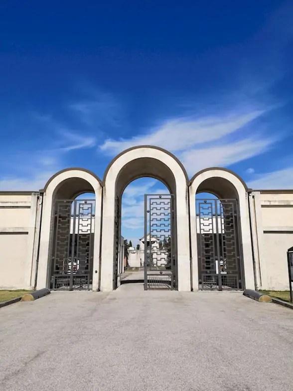 tresigallo cimitero ingresso