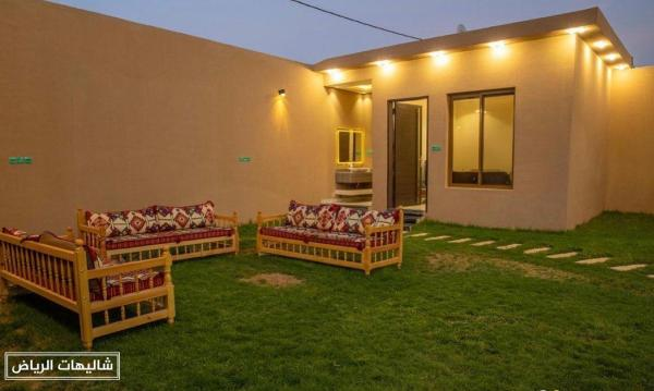 شاليهات الفلوه حي الرمال للإقامة العائلية وقضاء العطلات الصيفية والشتوية