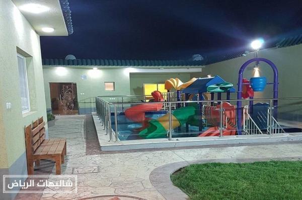 شاليهات ونتر لاند الرمال مسابح وألعاب مائية للأطفال