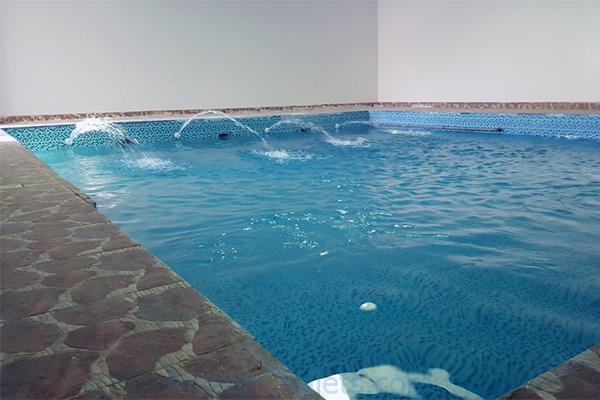 مسبح شاليهات رومات حي العمارية