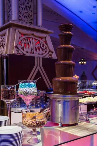 شهر رمضان الكريم سيبقى محفوراً في ذاكرتك مع فندق الفيصلية الرياض