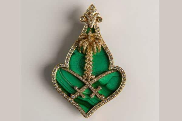 ليكول فان كليف أند آربلز وفنون التراث تستعرضان أشهر المجوهرات التراثية في المملكة