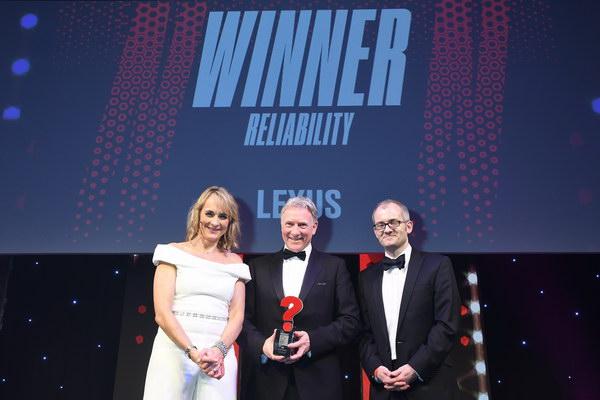 لكزس تحتل المركز الأول فـي المملكة المتحدة  كأفضل سيارة ذات موثوقية وجودة عالمية