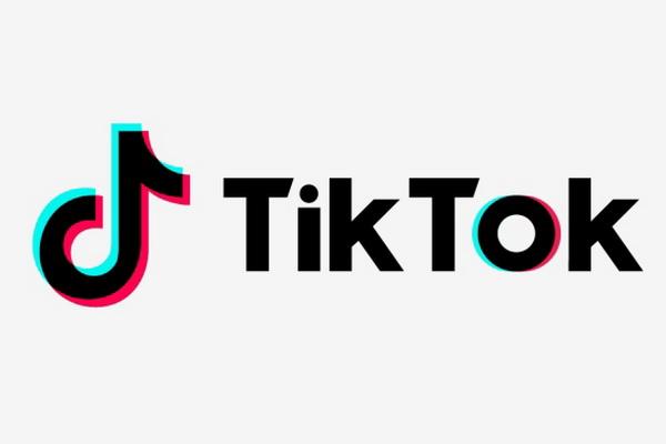 مجتمع تيك توك يتكاتف لدعم الإيجابية والبقاء في المنزل