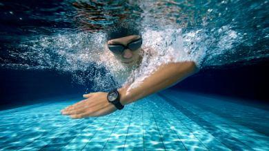 الساعة الذكية الأكثر أناقة ذات أطول عمر بطارية ترتقي بالأداء وبتصميمها المذهل وتجربة الجهاز الفائق الفريدة
