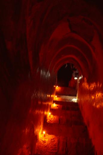 L'escalier pour accéder au sommet de la pagode