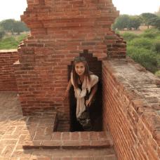 Temple de Bagan dans la région désertique du même nom, en Birmanie